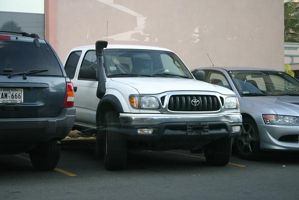 2004-09-09 - Car Thief