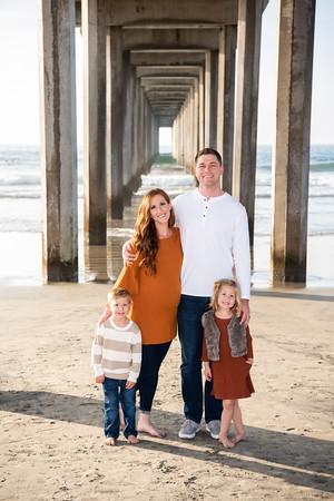 Madeline + Brett | Scripps Pier Family Photos