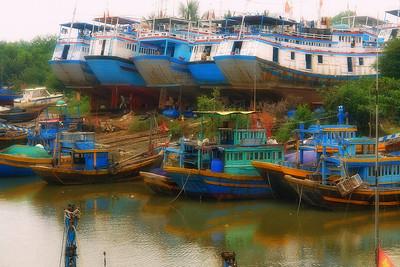 Фантьет. Жизнь рядом с ковчегами. Берег Южного Вьетнама. Галерея -  Валерий Гаркалн