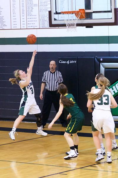 '17 Cyclones Girls Basketball 523.jpg
