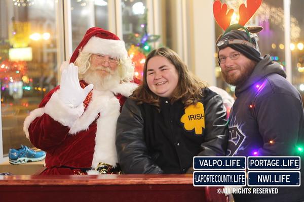 Extra Mile/Hometown Happenings Christmas Lights Run