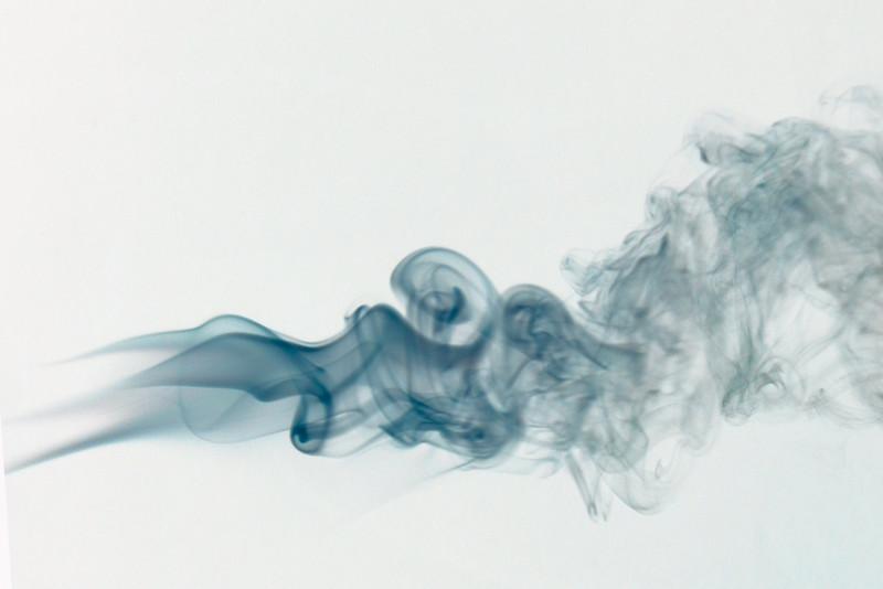 Smoke Trails 5~8696-1ni.