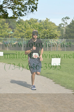 Farmington Run for the Hills 16 Aug 2014