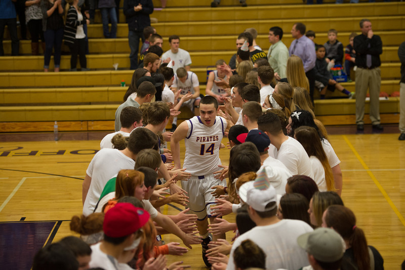 2014 MHS BOYS BB vs SIUSLAW-1045.jpg