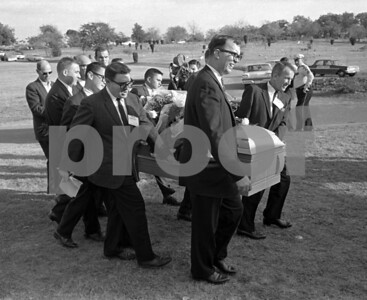 judge-funeral-home-wrongly-sold-lee-harvey-oswalds-casket