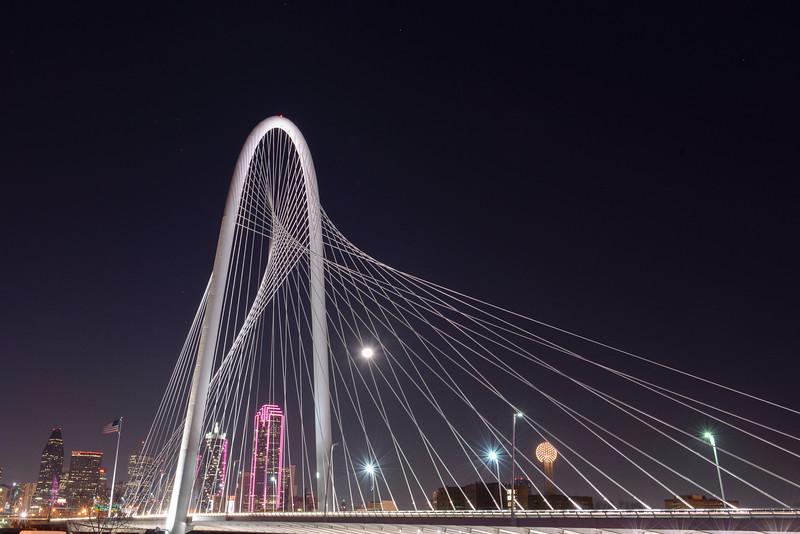 2015-02-06 Dallas Skyline Nighttime 002.jpg