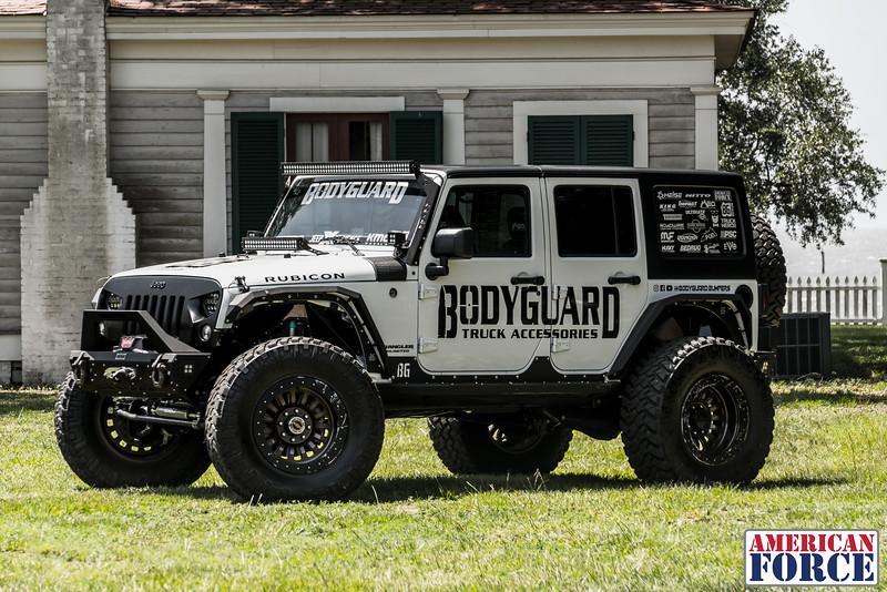 @BodyGuardBumpers Colin 2017 Jeep Wrangler Rubicon 20x10 DUNE Beadlock @Meoffroad-AFW03114-18June 22, 2018.jpg