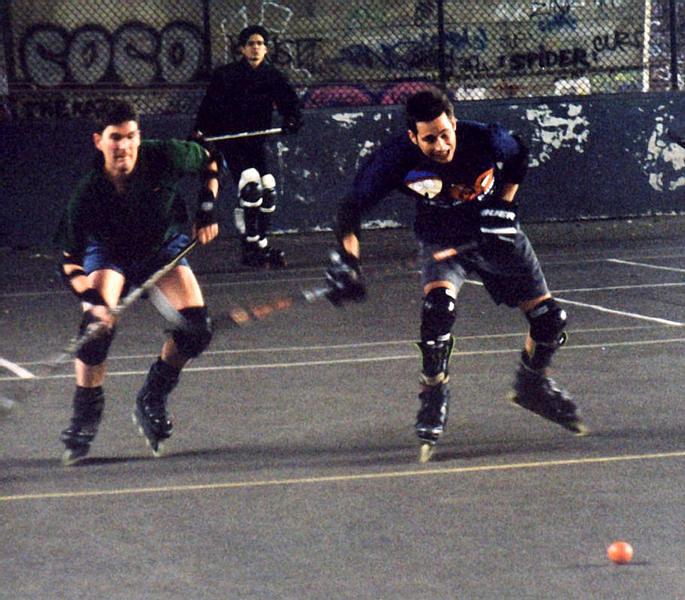 070-hockey.jpg