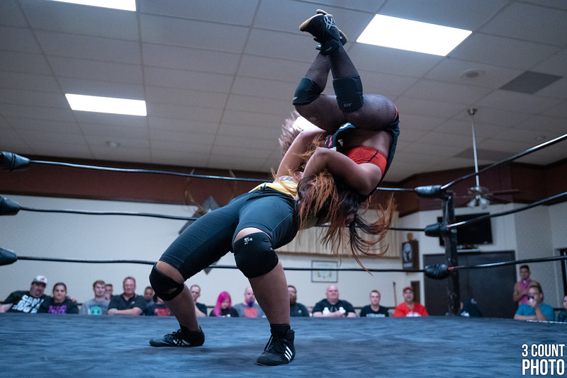 Girl-Fight-Brew-City-64.jpg