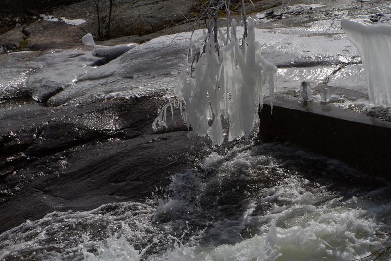 frozen water pipe-2377.jpg