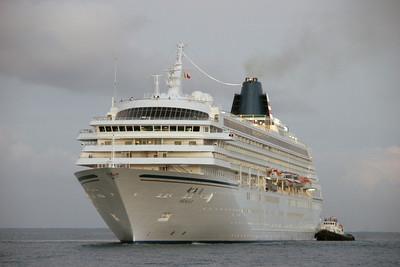 MS Asuka II 2-5-2011 arrival