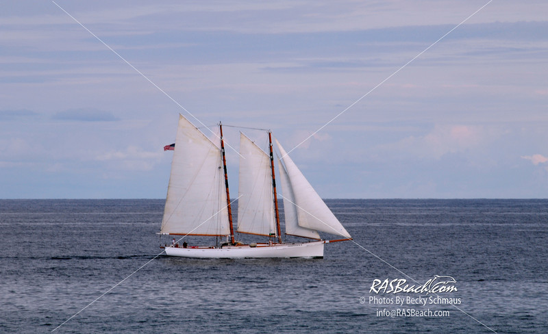 Schooner Sailing the Atlantic_002