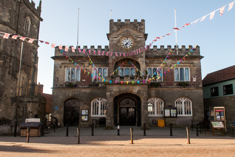 Bunting on Shaftesbury Town Hall