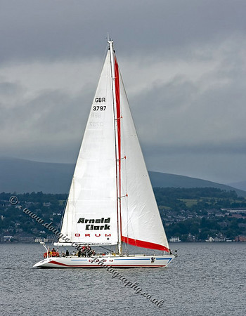 Sail Boats & Dinghies