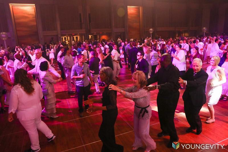 08-19-2017 Glow Party CF0071.jpg