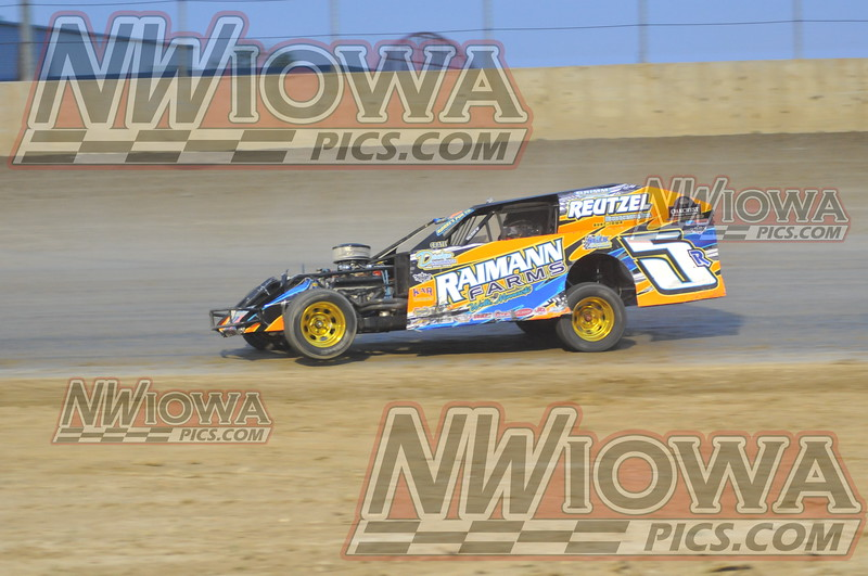 Races at Clay County Speedway
