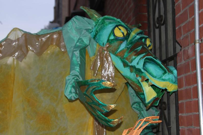 2011.10.31 Street Halloween Parade.ss-10.jpg