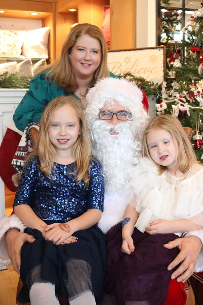 Angelia Gomez and Girls - Santa Pics