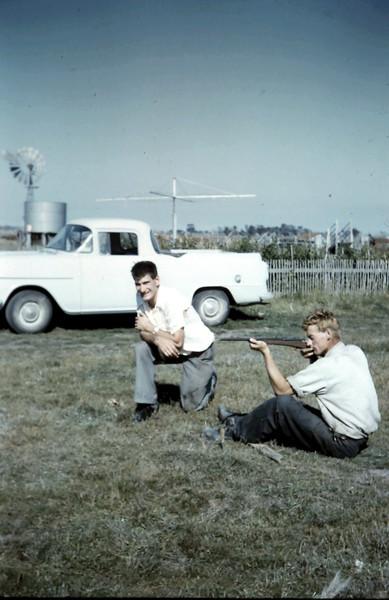 1962-3 (13) Nigel & Graham.JPG