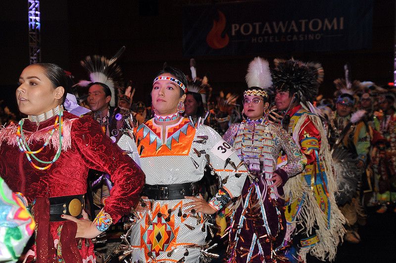 03 POW WOW women.jpg