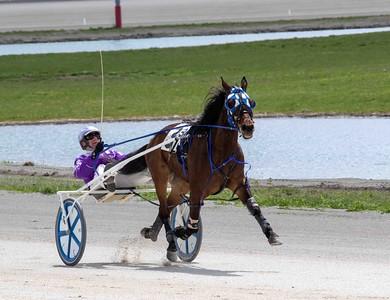 Race 3 MV 4/21/21 Q