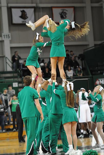 cheerleaders0938.jpg