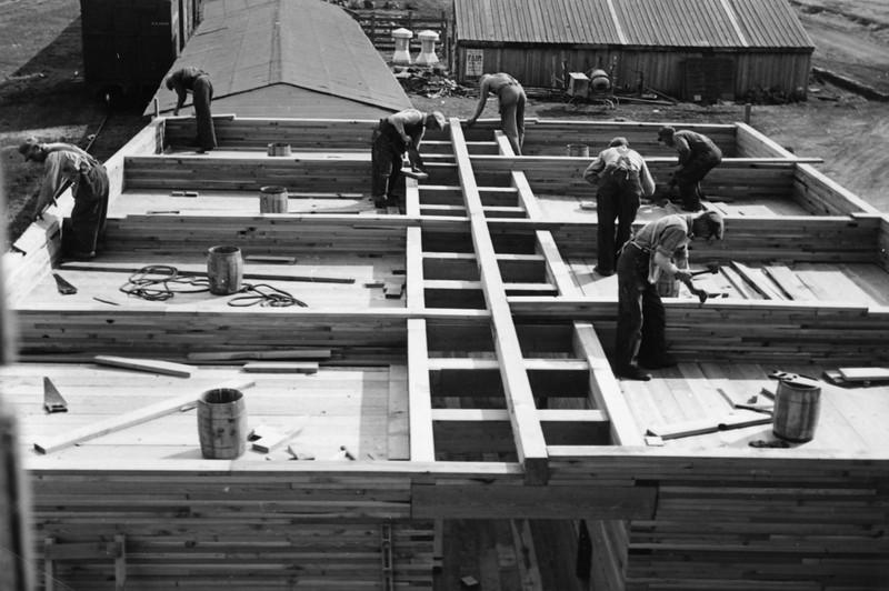 ARE018.  Arthur Farmers Elevator construction – 1951.jpg