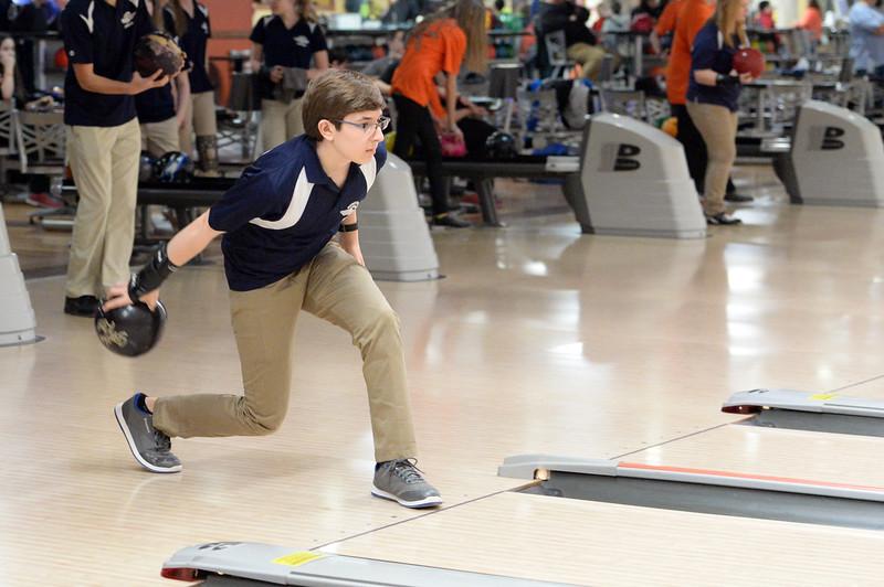 boys_bowling_9783.jpg