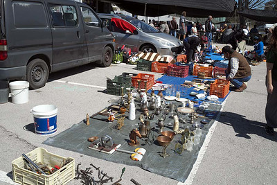Flea market at Quelfes [near Olhao]