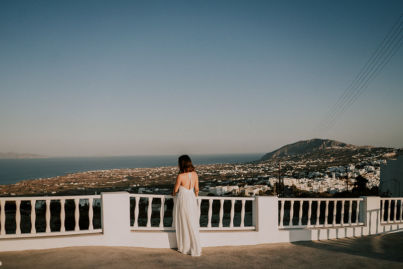 Tu-Nguyen-Destination-Wedding-Photographer-Santorini-Elopement-Alex-Diana-99.jpg