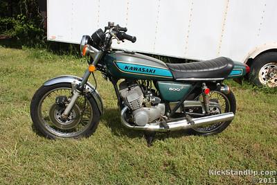5.10.2011 1974 Kawasaki 500 H1