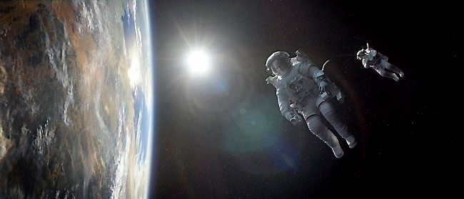 ". <p>7. (tie) �GRAVITY� <p>Box office smash takes place in the most empty, foreboding place in the universe ... not counting North Dakota. (unranked) <p><b><a href=\'http://www.nydailynews.com/entertainment/tv-movies/gravity-science-questioned-famed-astrophysicist-article-1.1478430\' target=""_blank\""> HUH?</a></b> <p>  (Courtesy photo)"