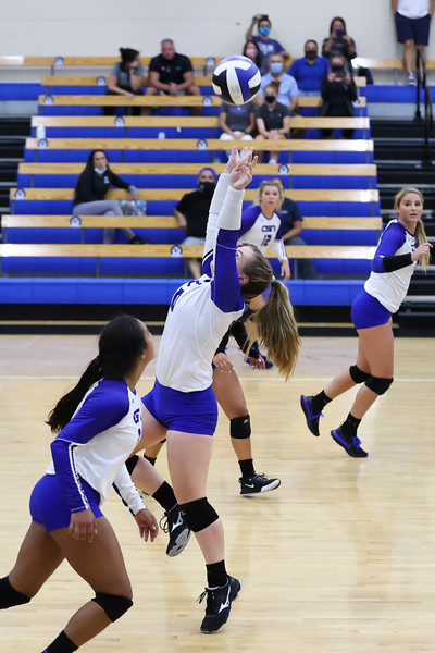 9.8.20 CSN Varsity VB vs Cardinal Mooney - Finals-158.jpg
