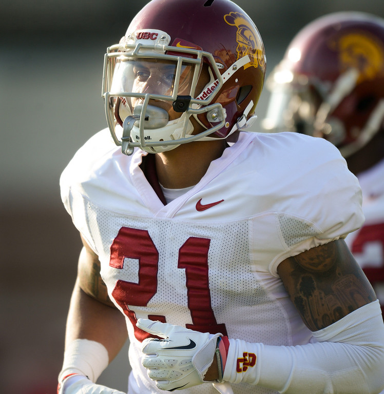 . USC DB Su\'a Cravens runs off the field at practice, Thursday, March 27, 2014, at USC. (Photo by Michael Owen Baker/L.A. Daily News)