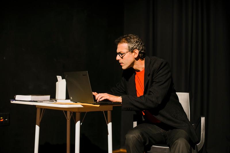 Allan Bravos - essenCIA Teatro - Reexistencia-25.jpg