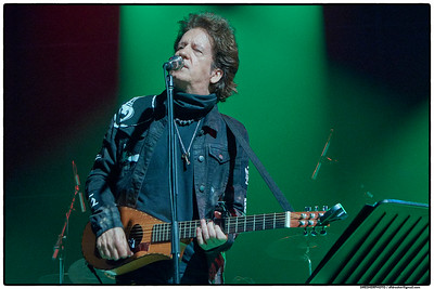 WILLIE NILE SHINES BRIGHTLY DURING TWO FULL SETS AT THE VOGEL