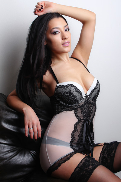 Victoria Yesenia 5.jpg