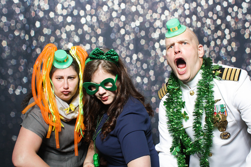SavannahRyanWeddingPhotobooth-0109.jpg