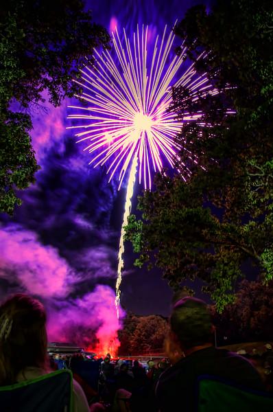 adamstown - fireworks 001 (p).jpg