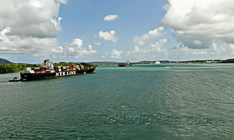 Gatun Lake Traffic