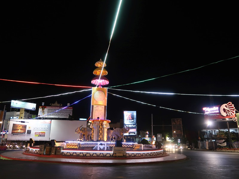 IMG_3245-adipura-monument.jpg