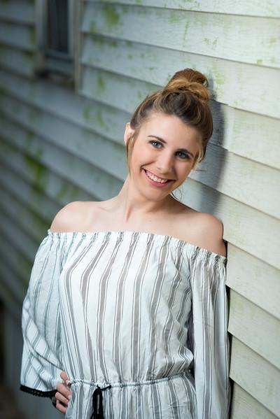 Savannah_Senior Portraits-109.jpg