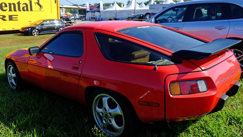 Porsche 928 16X9.jpg