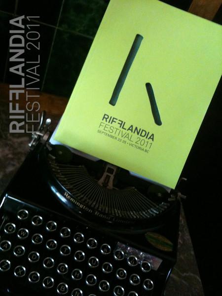 Real Time Rifflandia 2011 - Cellphone Magic
