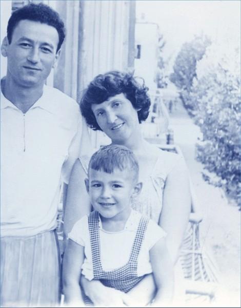 1960-.jpg