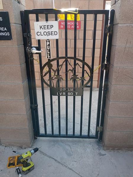 New pool gate sign.jpg