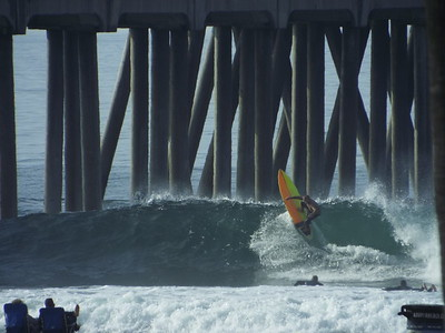 11/14/19 * DAILY SURFING PHOTOS * H.B. PIER
