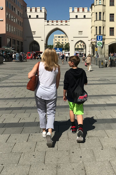 Paige and Noah in Munich-IMG_0165.jpg