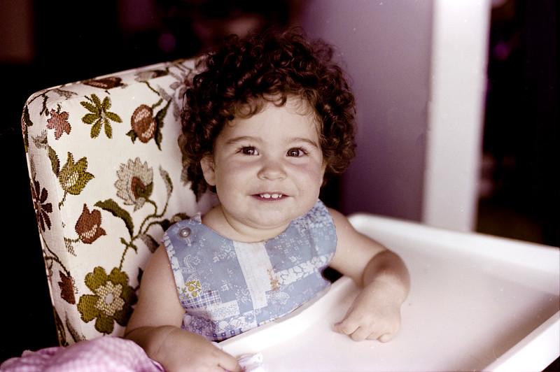 1978-5-14 #12 Erica At Beach.jpg