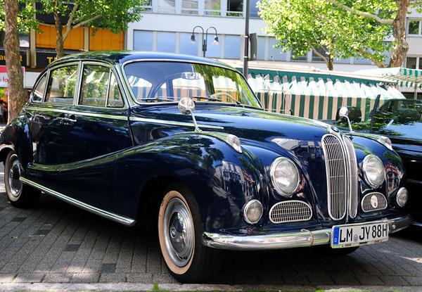 BMW 502 Super V8.jpg